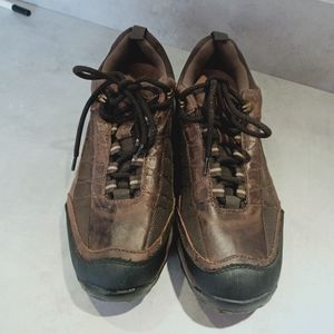 Colorado leather walking shoes US 11